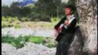 Video A La Hora Exacta de Hamylton Fernandez