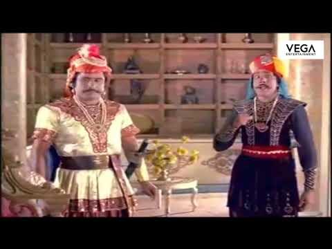 Umesh Chandran Listens T G Ravis Plan    Thomasleeha Movie Scenes
