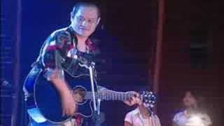 Lay Phyu   Alin Yaung (Live Acoustic)