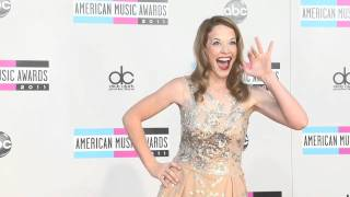 КЭТИ ЛЕКЛЕРК, Katie Leclerc Fashion American Music Awards 2011 г.