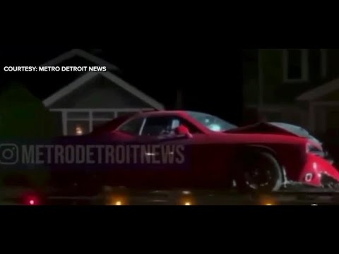 Detroit police officer in trouble after being found in stolen Challenger