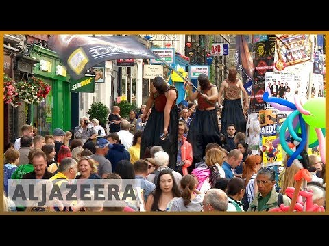 🏴󠁧󠁢󠁳󠁣󠁴󠁿 Is the Edinburgh Fringe Festival accessible to all? | Al Jazeera English