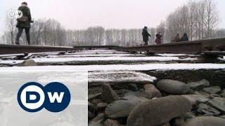 Auschwitz survivors return to face the past | Journal Reporter
