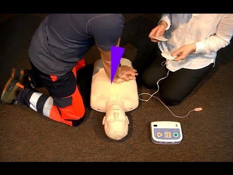 Jak podnieść obwisłe piersi bez operacji