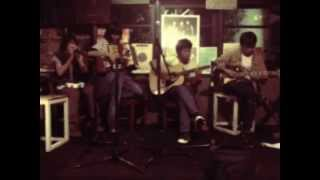Indische Party - Waiting For You | LIVE ACOUSTIC DEMAJORS RADIO