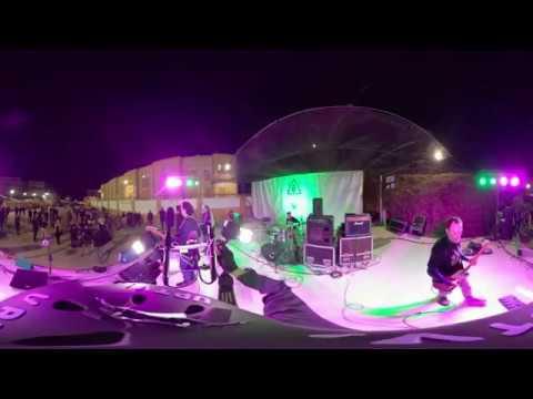 Grupo musical Elfos en el Festival Ampatízate en directo/ colegio Ortega y Gasset en Ceuta 019/ 360º