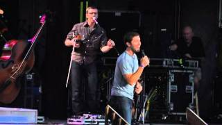 Josh Turner- All Over Me  COUNTRY FEST 2011