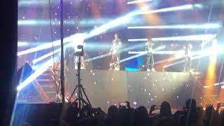CNCO ft. Prince Royce - Llegaste Tu (2/17/19)