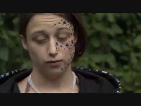 Girl wakes up with 56 stars tattooed on her face a l v i for Girl with star tattoos on face