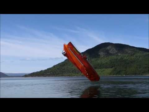 Freefall life boat test