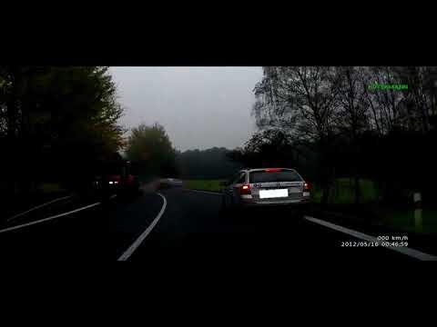 Pronásledování kradené Audi hlídkou policie