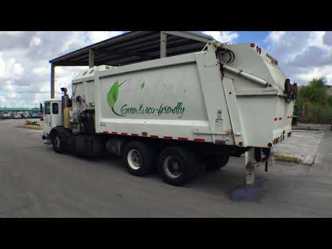 87a71ba088 Lot     141 - 2010 AutoCar Xpeditor Recycle Truck 33YD