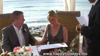 preview picture of video 'Part 1 - Kelvin Ian & Louise Anne Beach Wedding in Mauritius'