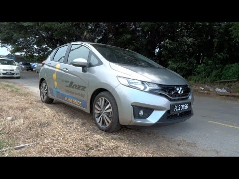 2015 Honda Jazz 1.5V Start-Up, Full Vehicle Tour and Quick Drive