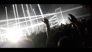 Two Door Cinema Club - Intro - Cigarettes in the Theater live @ Alexandra Palace, London 2017
