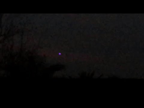 UFO Sighting 2014 – Best UFO Caught On Tape – Real Footage w/ Alien (Real Alien Caught On Tape)
