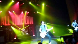 All Time Low - Keep the Change, You Filthy Animal & Damned If I Do Ya @ Brixtron Academy 13 03 2011