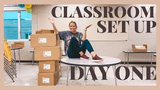 CLASSROOM SET UP DAY 1 | VLOG | 2nd Grade Teacher