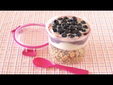 Granola Yogurt Parfait (Breakfast To Go) グラノーラ ヨーグルト パフェ – OCHIKERON – CREATE EAT HAPPY