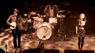 Johnny & Lillie Flynn feat. Marcus Mumford - Eyeless in Holloway @HMV Apollo in London  (09.10.10)