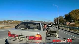 Принципиальный автомобилист устроил дорожный конфликт на выезде из Артема