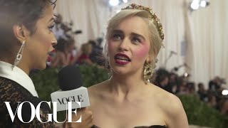 Emilia Clarke on the Final Season of Game of Thrones | Met Gala 2018 With Liza Koshy | Vogue - Video Youtube