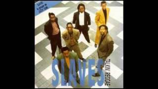The Slaves (Lucky Dube's Band) - Usizi