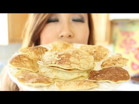 Video 100% Natural Banana Pancakes - Gluten Free, Flourless, Low Calorie | FOOD BITES Recipe
