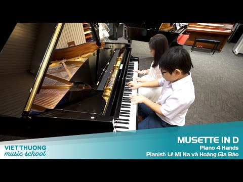 MUSETTE IN D - Piano 4 Hands