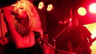 Vanessa Amorosi - Hazardous (Live at Macs Hotel, Melton - 25/01/2012)