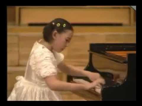 Yuja Wang plays Chopin Etude op 10 no 4
