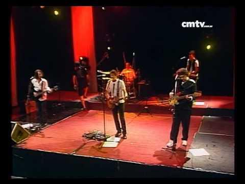 El Cuarteto de Nos video Me amo - CM VIVO 02/12/2009
