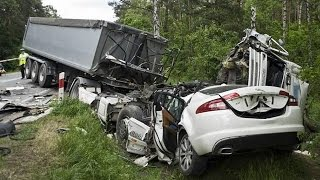 Latest Car Accident of Jaguar XF - Road - Crash - Compilation - Traffic - 2016 - 2017 - 2018