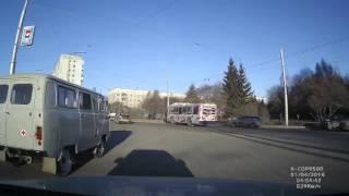 Классическое ДТП на кольце, Кемерово.