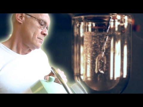 Pouring Mercury into Liquid Nitrogen (slow motion)