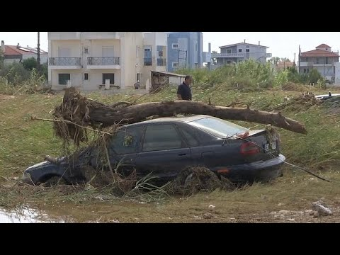 No comment: Εύβοια – Οι κάτοικοι μετρούν τις πληγές τους