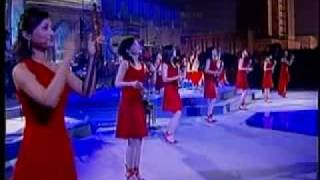 12 Girls Band - Freedom (Live From Shanghai)