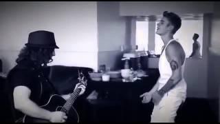 """Джастин Бибер поет гитарное соло песни """"Fade To Black""""  группы Metallica"""