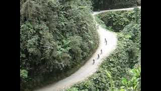 preview picture of video 'Mountain Biking Coroico ( BOLIVIA) 2ª Parte'
