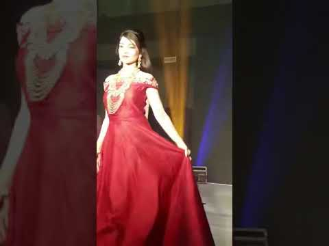 Model Richa Rajan Showstopper Gehena
