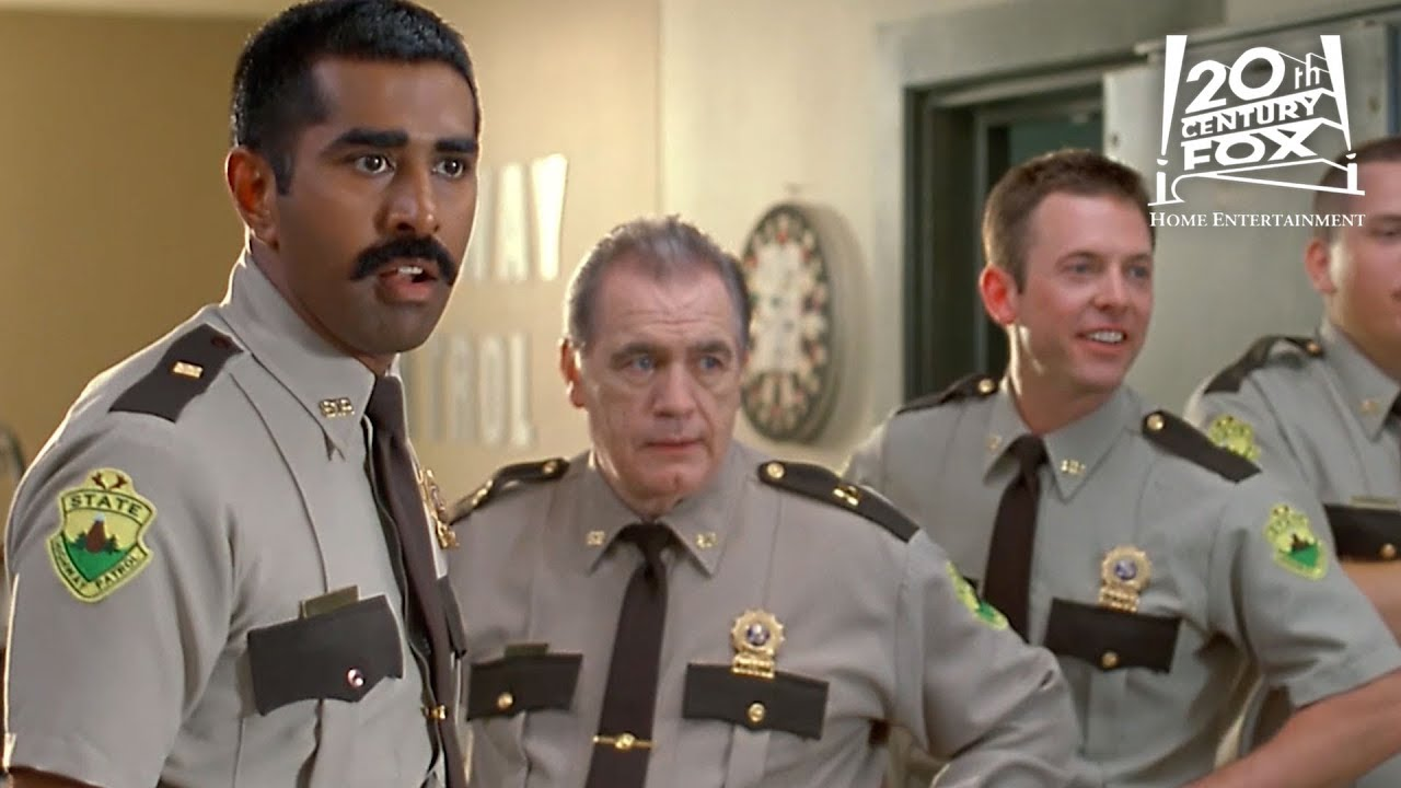 Super Troopers - The Boys Are Back In Town