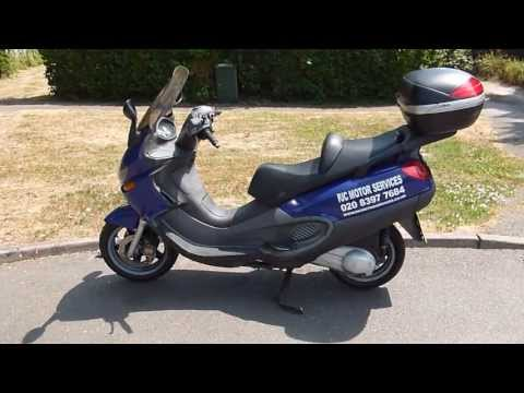 2003 Piaggio X9 250 Scooter Review, walk around, demonstration and road test