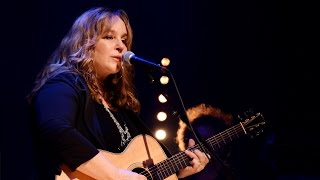 Gretchen Peters - On A Bus To St. Cloud (Live at Celtic Connections 2016)