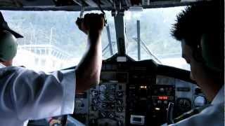 preview picture of video 'Flylandingen i Lukla, Mount Everest base camp i Nepal'