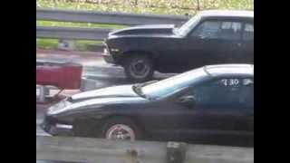 preview picture of video 'Ubly Dragway Pontiac Firebird Vs. Chevy Nova'