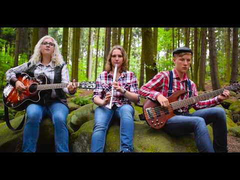 Coventina - Coventina - The Foggy Dew (Official Music Video)