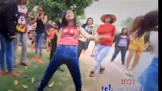 Лучшие смешные видео     стараюсь не улыбаться или смеяться     Языки Индии хинди комедии видео.