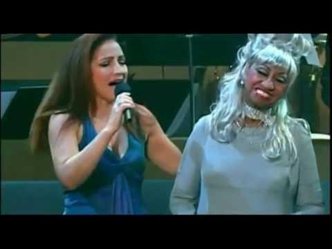 """Cantantes Latinos Cantan Con Celia Cruz: """"¡Yo Viviré!"""""""