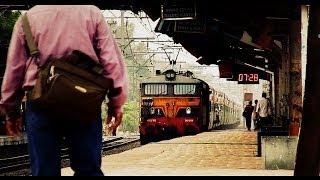 preview picture of video 'Man and the Machine - WCAM3 Deccan Queen Attacks Dapodi!'