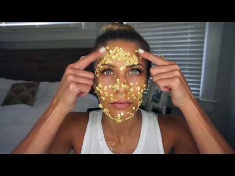 Facial mask ng itim na tuldok na may itlog